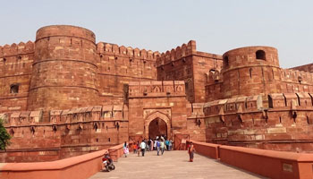 Golden Triangle Trip: Delhi Agra Jaipur City Tour Package in India is an an amazing tour itinerary comprising the 3 famous Delhi Agra and Jaipur